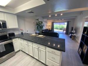 7350 N PIMA Road, 6, Scottsdale, AZ 85258