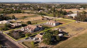 7226 N PERRYVILLE Road, Waddell, AZ 85355