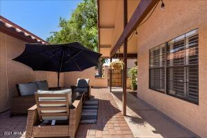 5208 E CORONADO Circle, Phoenix, AZ 85044