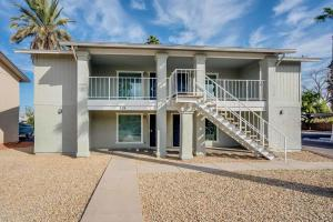 318 E VINE Circle, 202, Mesa, AZ 85210