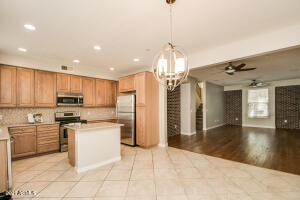 5550 N 16TH Street, 115, Phoenix, AZ 85016