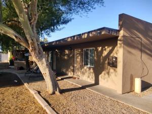 2715 W TUCKEY Lane, Phoenix, AZ 85017