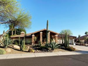 10125 E Larkspur Drive, Scottsdale, AZ 85260