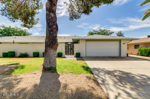 18811 N 129TH Avenue, Sun City West, AZ 85375
