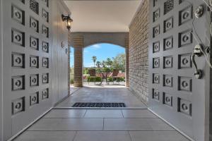 925 W PERSHING Avenue, Phoenix, AZ 85029