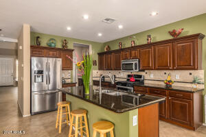 18096 W PARADISE Lane, Surprise, AZ 85388