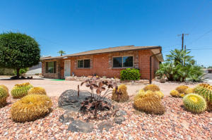 8536 E HIGHLAND Avenue, Scottsdale, AZ 85251