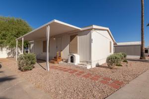 941 E MONROE Avenue, 10, Buckeye, AZ 85326