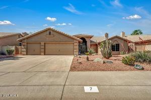 7 E MOUNTAIN SKY Avenue, Phoenix, AZ 85048