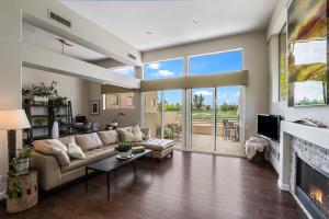 8989 N GAINEY CENTER Drive, 211, Scottsdale, AZ 85258