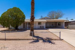 727 E DESERT Avenue, Apache Junction, AZ 85119