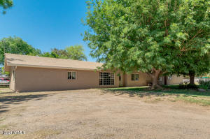 17444 W MOUNTAIN VIEW Road, Waddell, AZ 85355