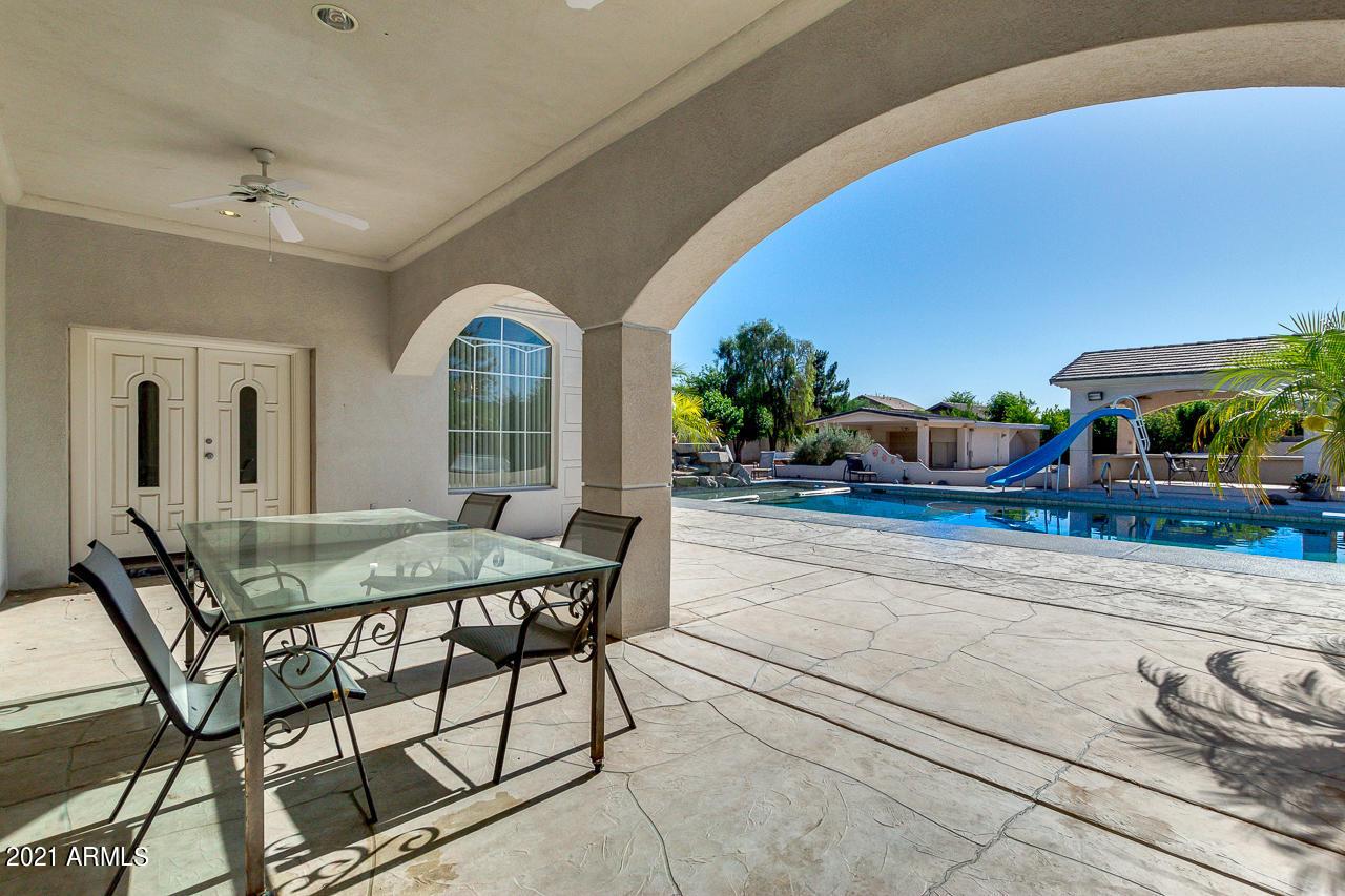 7340 71ST Avenue, Glendale, Arizona 85303, 5 Bedrooms Bedrooms, ,4.5 BathroomsBathrooms,Residential,For Sale,71ST,6233441