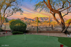 170 Feet of View Fence | Unobstructed Mountain Views | 5 Hole Synthetic Putting Green