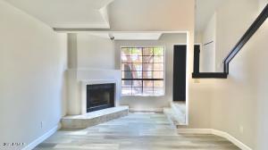 1025 E HIGHLAND Avenue, 36, Phoenix, AZ 85014