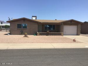 1425 S MAIN Drive, Apache Junction, AZ 85120