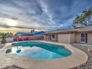 5015 W BROWN Street, Glendale, AZ 85302