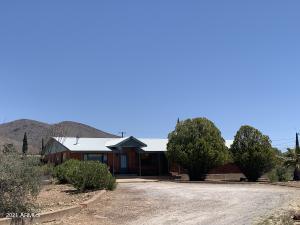 67 MOHAVE Drive, Bisbee, AZ 85603