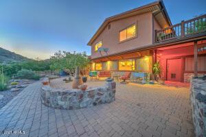 587 S BREEZY HILL Road, Globe, AZ 85501