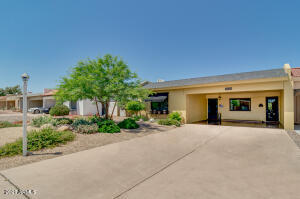 7638 E CHAPARRAL Road, Scottsdale, AZ 85250