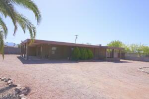 125 S REX Avenue, Apache Junction, AZ 85120