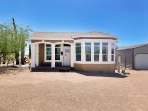 2471 E SUPERSTITION Boulevard, Apache Junction, AZ 85119
