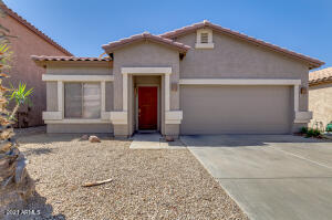 560 E RED ROCK Trail, San Tan Valley, AZ 85143