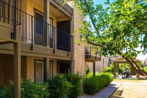 2228 E CAMPBELL Avenue, 224, Phoenix, AZ 85016
