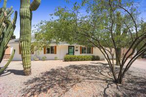 13647 N 37TH Place, Phoenix, AZ 85032