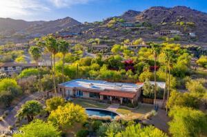 4628 E CRYSTAL Lane, Paradise Valley, AZ 85253