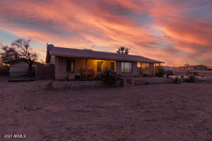 1378 N WICKIUP Road, Apache Junction, AZ 85119