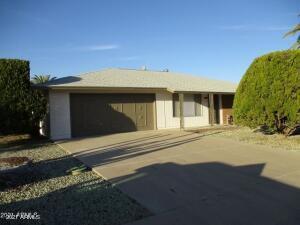 10334 W PINE SPRINGS Drive, Sun City, AZ 85373