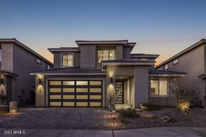 2966 E SANDS Drive, Phoenix, AZ 85050