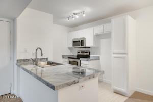 Beautiful Granite Counters and New Stainless appliances