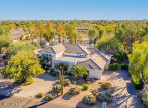 7067 E MORTEN Avenue, Paradise Valley, AZ 85253