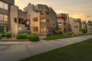 4850 E DESERT COVE Avenue, 132, Scottsdale, AZ 85254