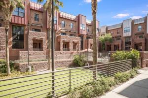 330 S Farmer Avenue, 134, Tempe, AZ 85281