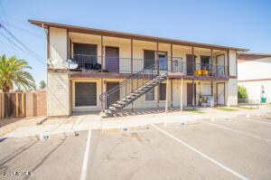 2266 W ELLA Street, 204, Mesa, AZ 85201