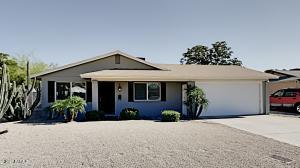 2242 E PARADISE Drive, Phoenix, AZ 85028