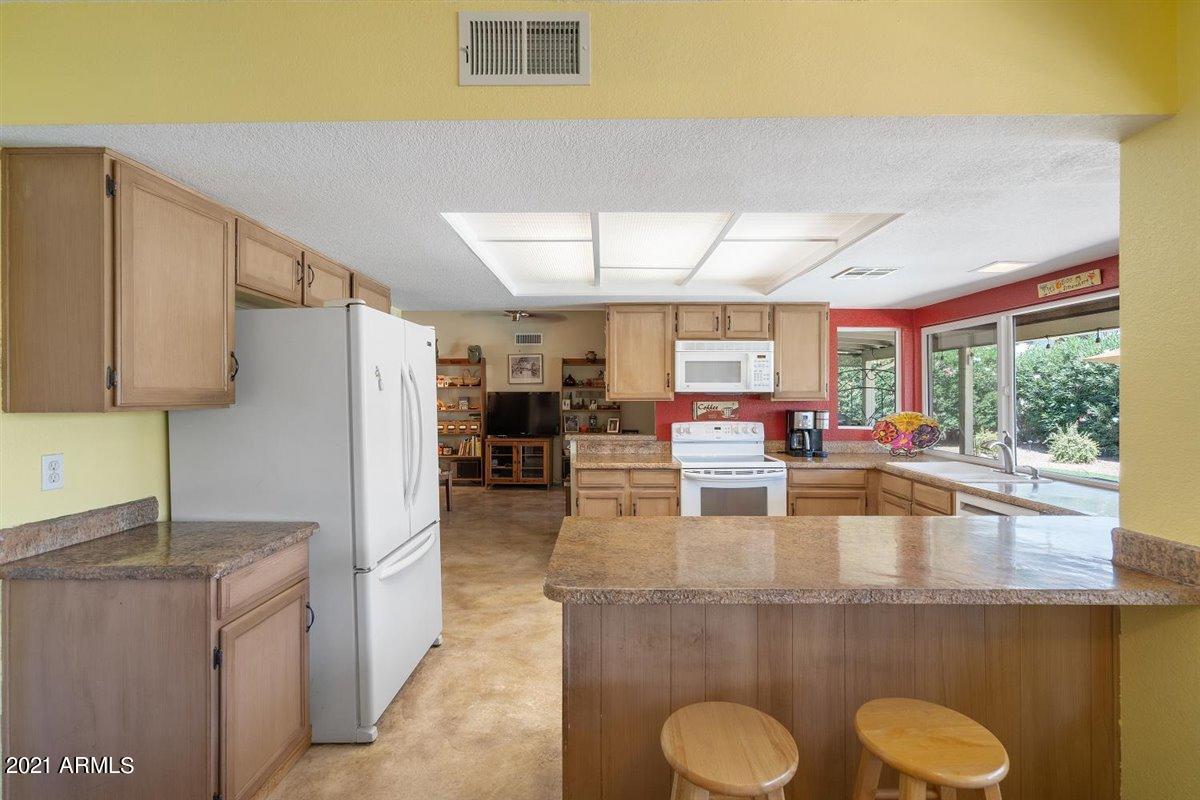 4408 Ludlow Drive, Phoenix, Arizona 85032, 3 Bedrooms Bedrooms, ,2 BathroomsBathrooms,Residential,For Sale,Ludlow,6235745