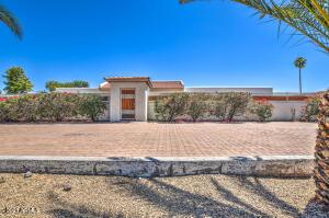 8527 E CACTUS Road, Scottsdale, AZ 85260