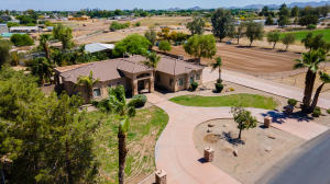 40435 N KENNEDY Drive, San Tan Valley, AZ 85140