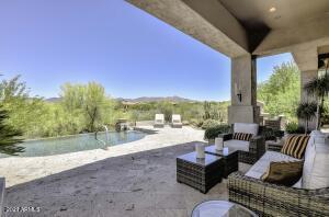10202 E WINTER SUN Drive, Scottsdale, AZ 85262