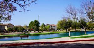 4001 E TIMBERLINE Road, Gilbert, AZ 85297