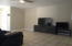 Family / Living Room .)