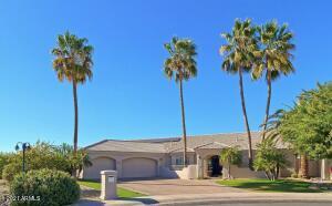9426 E SHANGRI LA Road, Scottsdale, AZ 85260