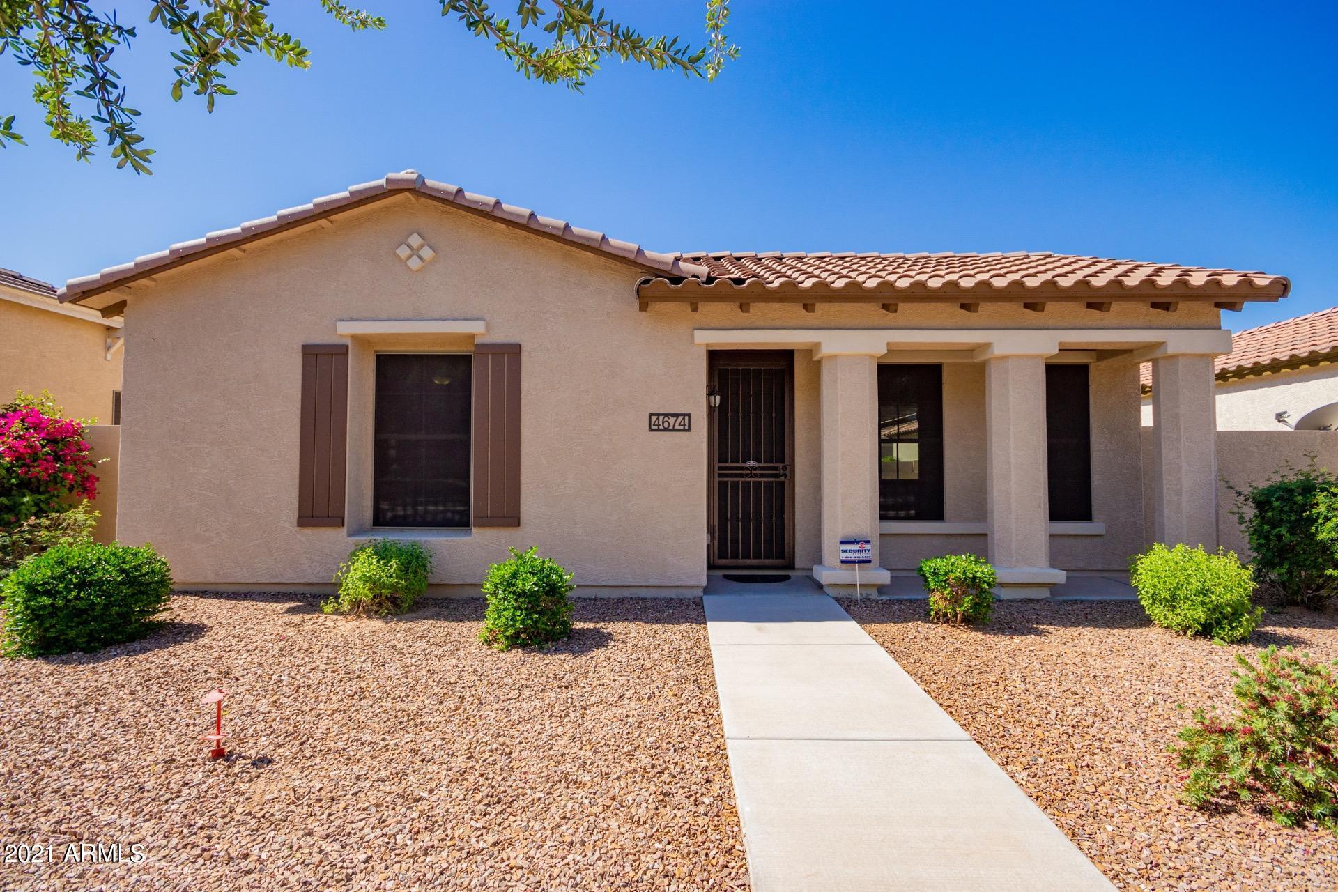 4674 MAPLEWOOD Street, Gilbert, Arizona 85297, 3 Bedrooms Bedrooms, ,2.5 BathroomsBathrooms,Residential,For Sale,MAPLEWOOD,6239041