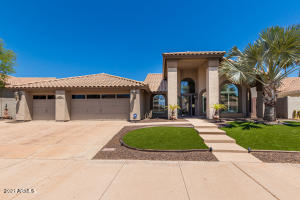 Welcome to the very sought after Canyon Springs neighborhood in Foothills!