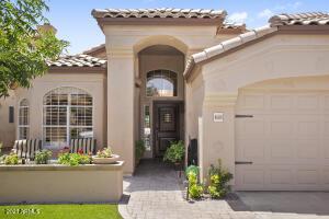 4689 W TULSA Street, Chandler, AZ 85226