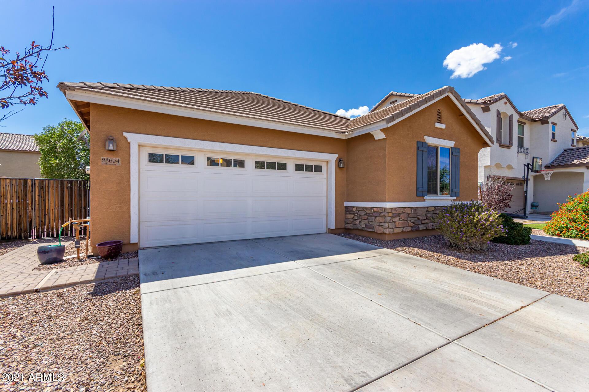 23694 210TH Place, Queen Creek, Arizona 85142, 3 Bedrooms Bedrooms, ,1.75 BathroomsBathrooms,Residential,For Sale,210TH,6238269
